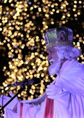 Театралізоване дійство засвічення новорічної ялинки